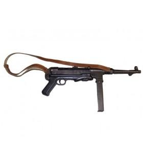 MP40 automatische Maschinenpistole mit Gurt, Deutschland 1940