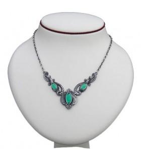 Colgante medieval perlas cristal verde