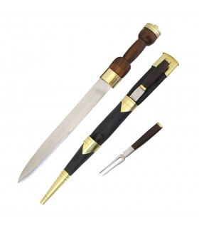 Dirk Escocés con tenedor y cuchillo