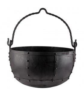 Caldero medieval remachado