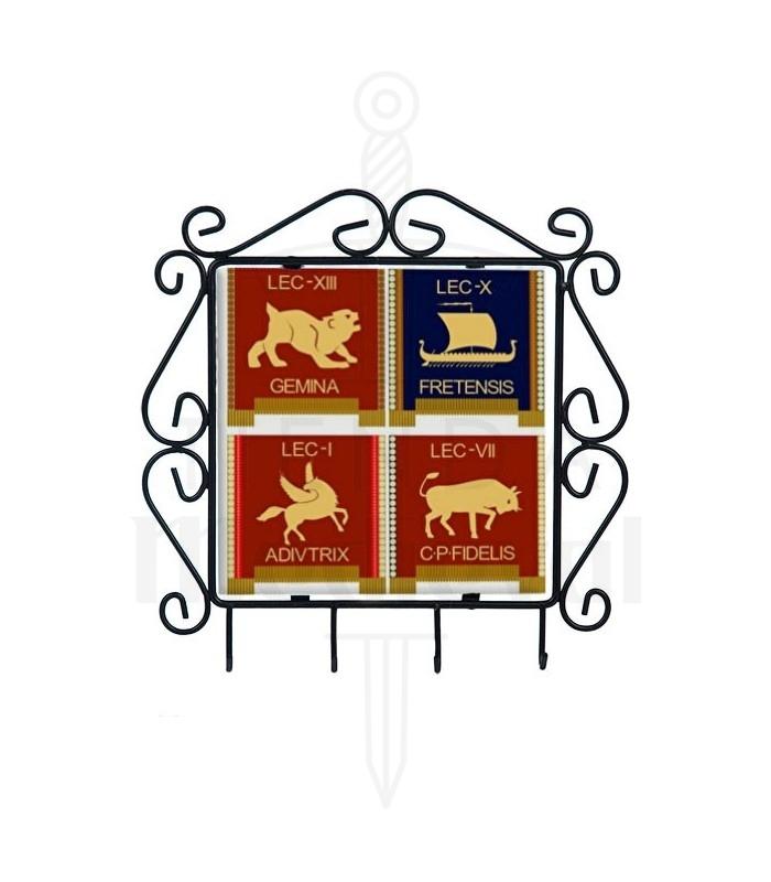 Colgador de llaves con símbolos de las Legiones Romanas