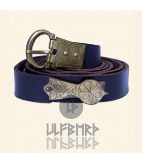Cinturón medieval de cuero ornamentado