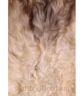 Piel de oveja nórdica de color claro, 110 cms.