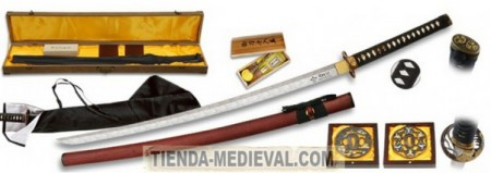 KATANA DECORATIVA ACERO DAMASCO 450x159 - Katanas Decorativas