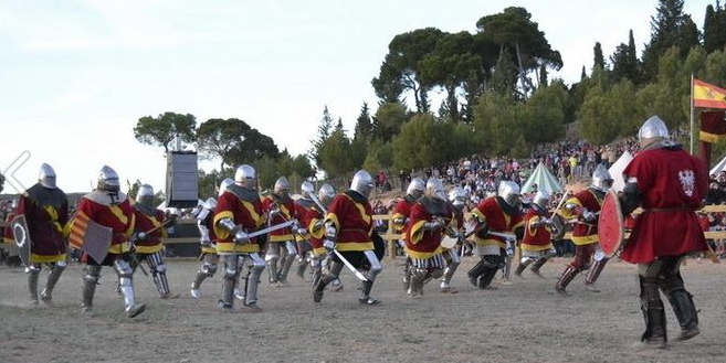 Equipo español combate medieval - FULL CONTACT MEDIEVAL