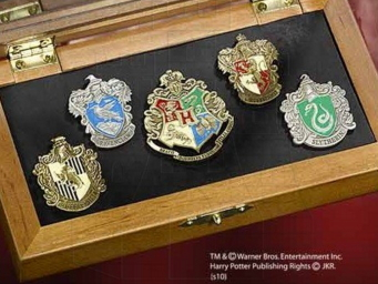 Pins escuelas Hogwarts, Harry Potter