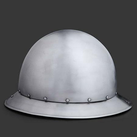 Capeline médiévale Types de casques médiévaux